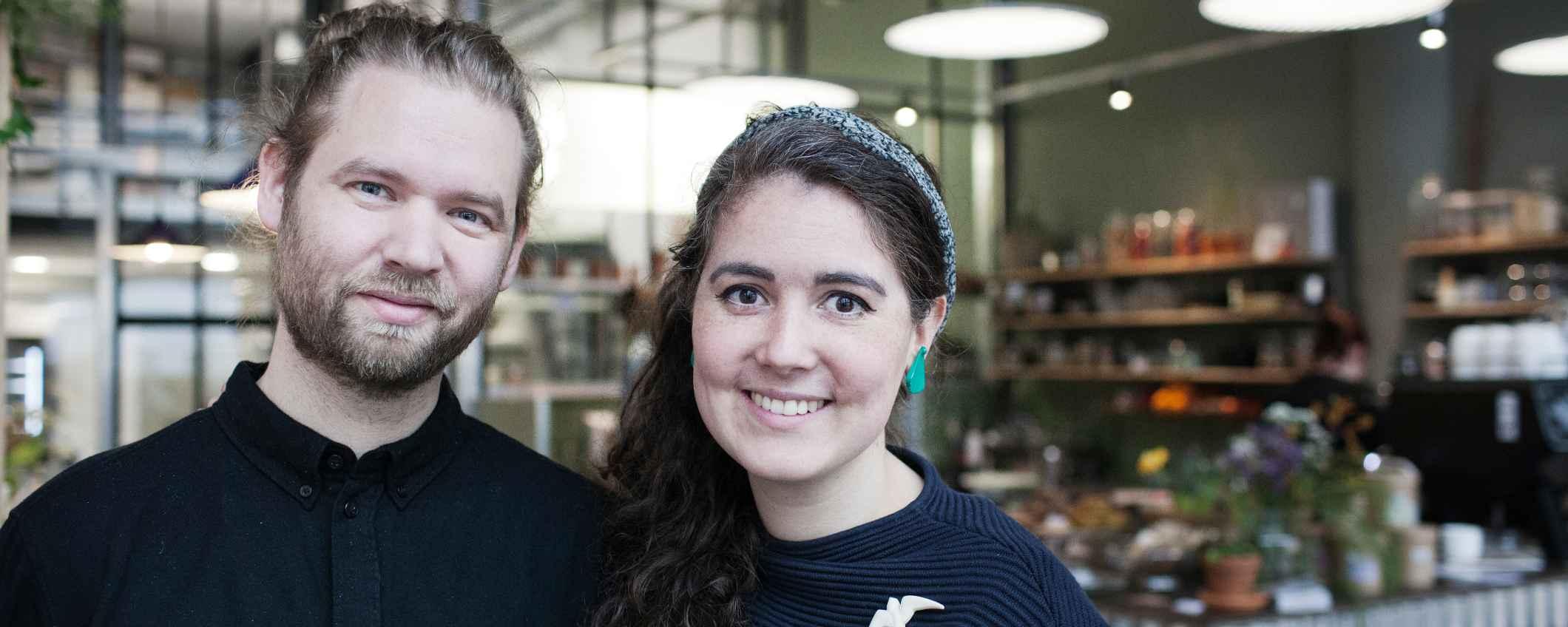 Eigenaren van veganistische cafe-bakkerij Sharp Sharp in Rotterdam