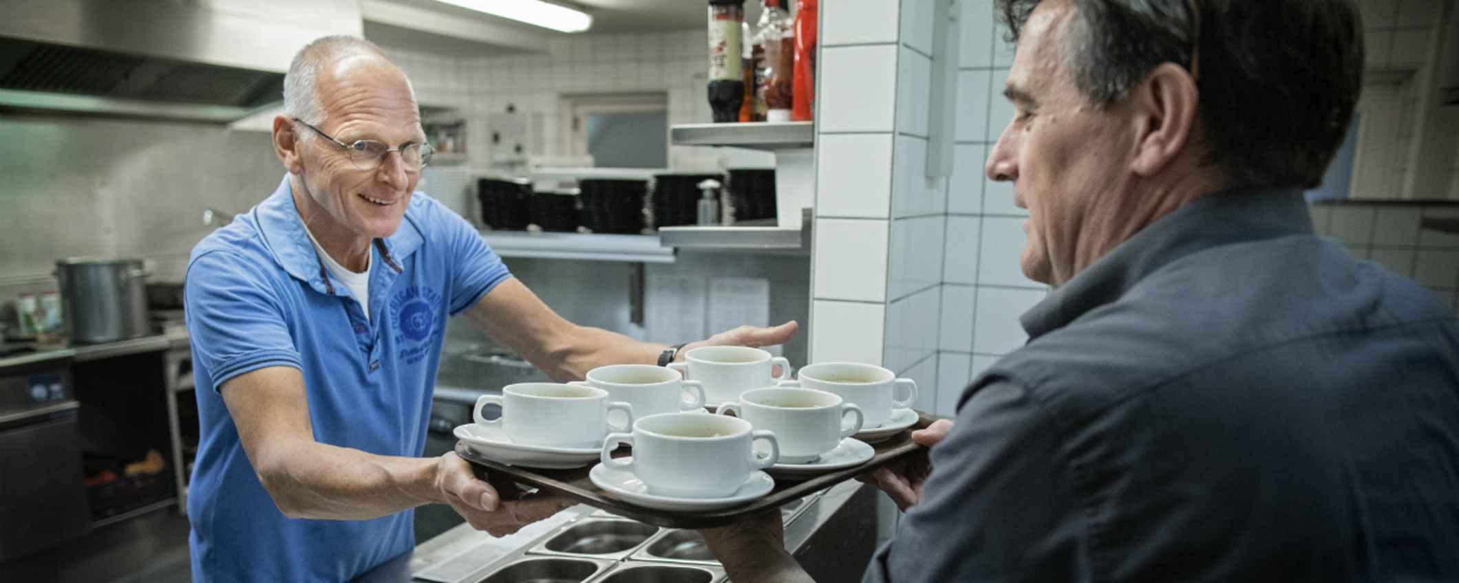 Gerard Vrij Peerdeman is een van de vaste koks van Austerlitz Eet